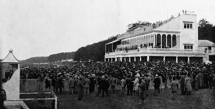 Crowd at Glorious Goodwood Races in the Late 19th Century