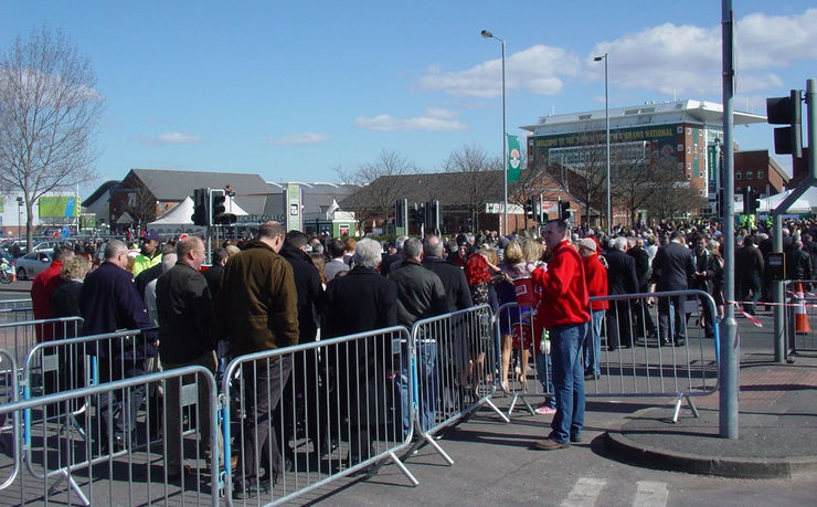 Crowds Approaching Aintree for the Grand National