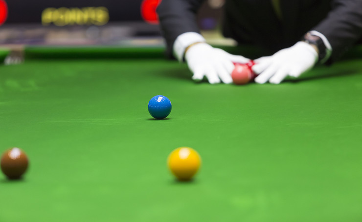 Referee Setting Snooker Table