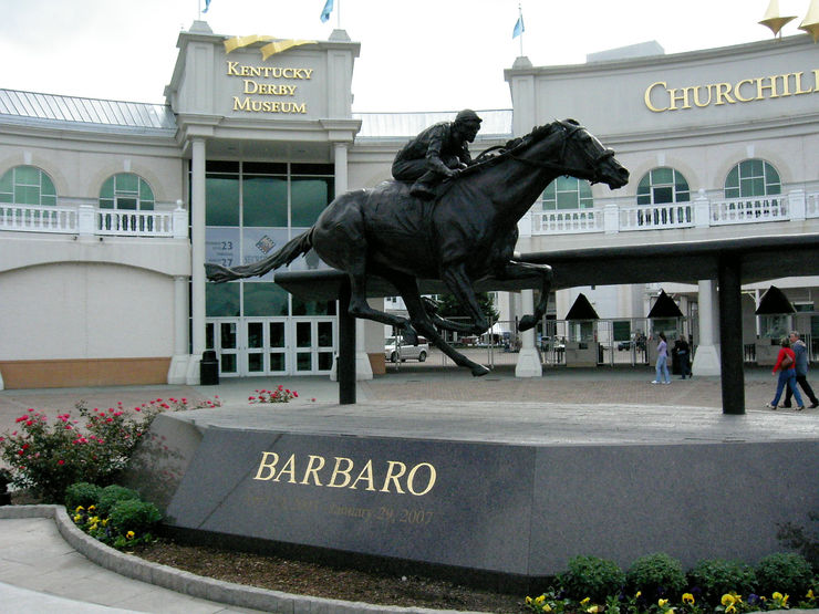 Statue of Barbaro at the Entrance to Churchill Downs Racecourse