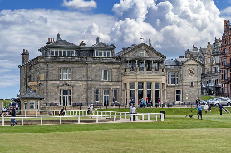 St Andrews Golf Course Club House