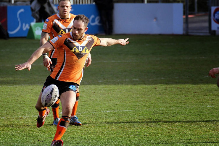 Luke Gale Playing for Castleford