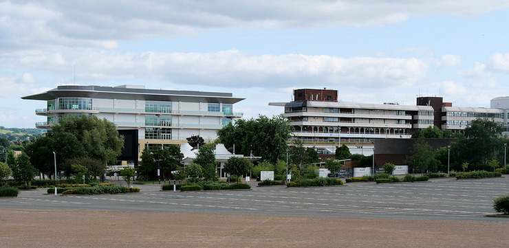 Cheltenham Racecourse Buildings