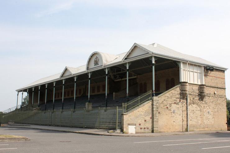 Lincoln Racecourse Grandstand
